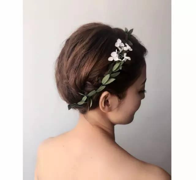 新娘发型|啊?短发新娘也可以玩盘发!