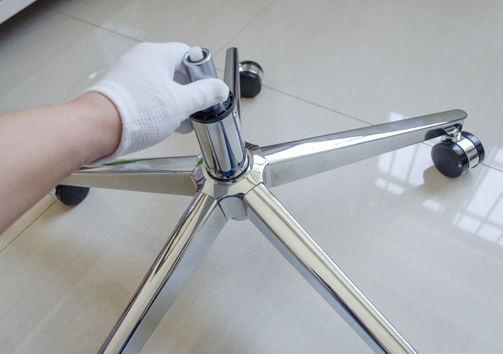 气压棒的安全性大家应该重点关注,因为每年都会有许多例气压棒菊爆的图片
