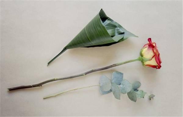 教你用一千种方法打包一束给爱人的鲜花 满满惊喜