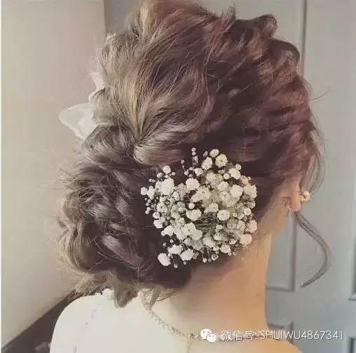 新娘发型|日系空气盘发 鲜花=最梦幻新娘发型!图片
