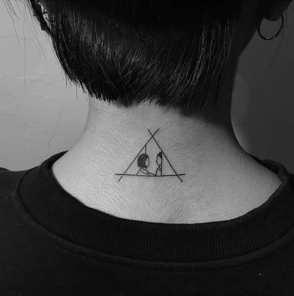 既然说到了纹身,这里倒是想起了一位在ins上名为 tattooer_dogy的纹身