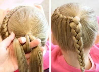 把已经扎好的马尾和左侧的头发进行三股辫编发,直至编制发尾,如图图片