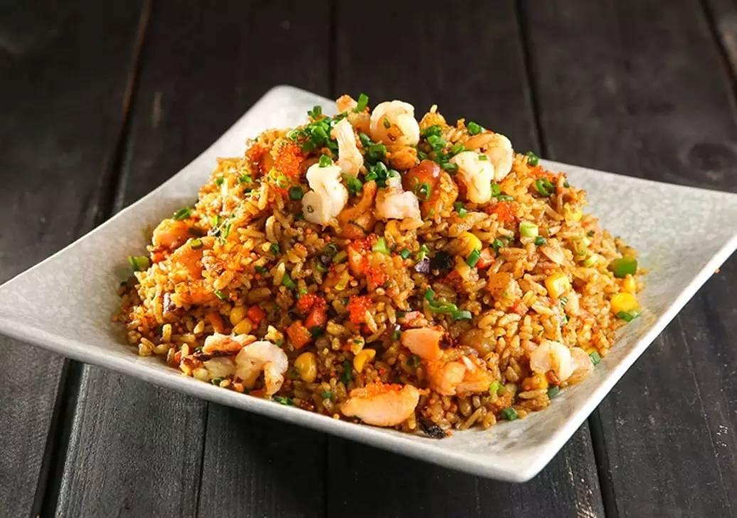 米禾黄金海鲜炒饭