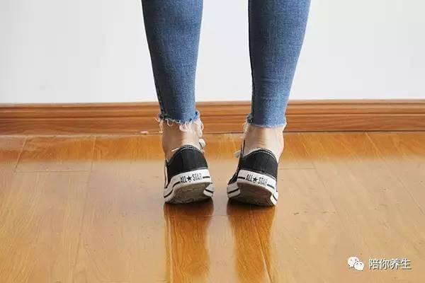 美女美穴人体摄影_美食 正文  地机穴是人体重要的祛湿,保健穴,此穴在小腿内侧,胫骨内侧