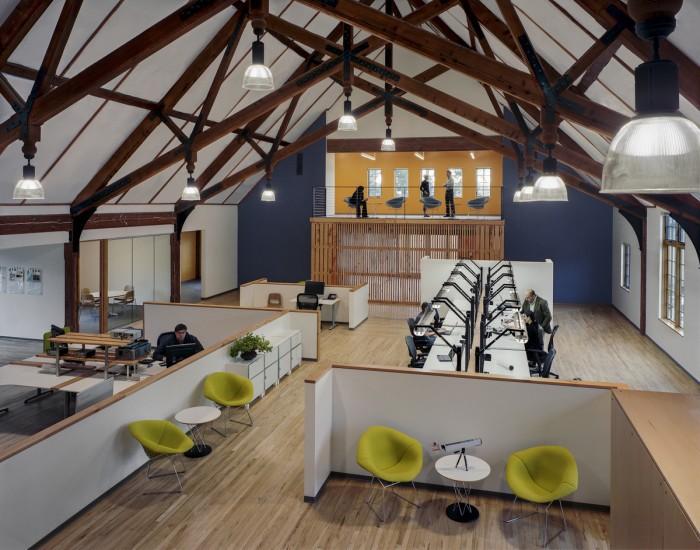 华盛顿cid 公司loft风格办公室设计
