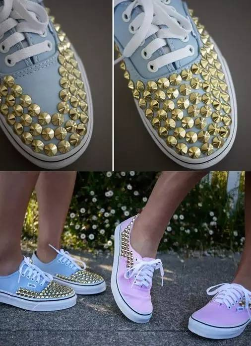 用铆钉装饰过的鞋子,是不是显得更有质感了.