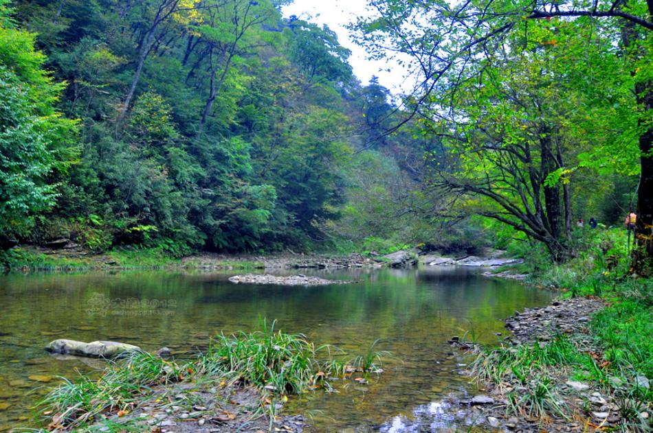 九龙山国家森林公园位于蓟县,公园总面积2126公顷.图片