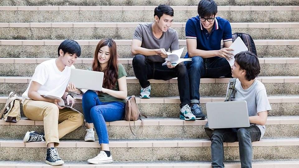校园社区的进化,一场年轻人的争夺战
