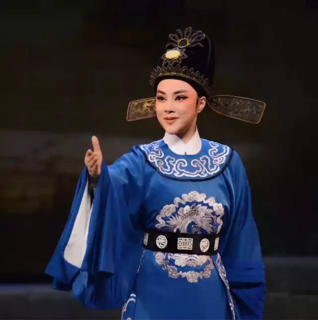 张琳与《一钱太守》相伴九年,入围第28届中国戏剧梅花