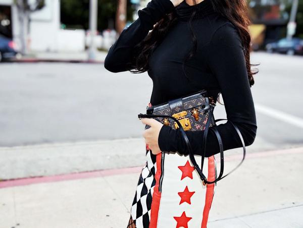 女星街拍必背的包 一看就知道能时髦50年 服饰潮流 图29
