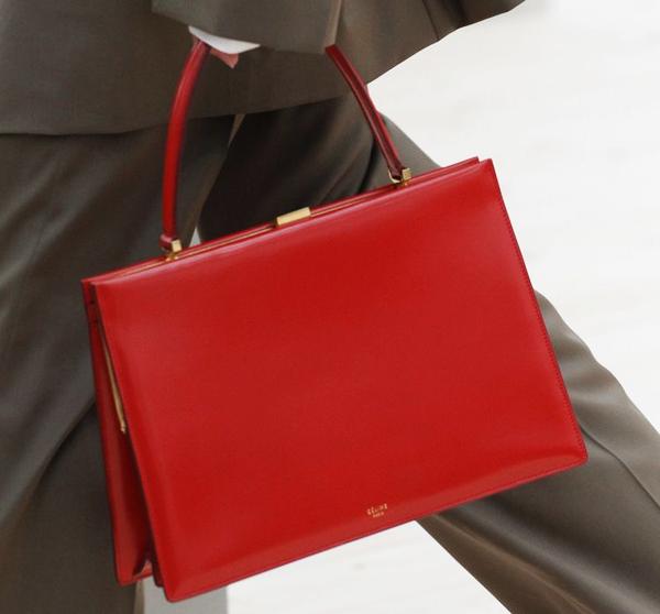 女星街拍必背的包 一看就知道能时髦50年 服饰潮流 图9