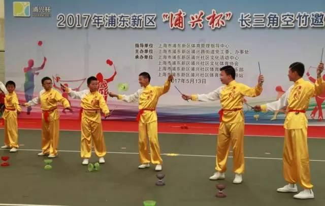 自古英雄出少年,江苏南通市如东县双甸小学一群十二,三岁小朋友身手不