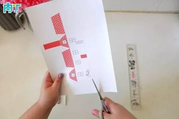 可爱的卡纸房子的手工制作方法图解教程图片
