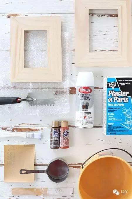 制作步骤: 材料准备:木质相框