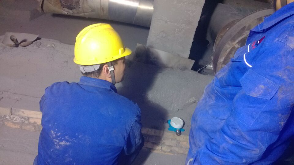 化工厂可燃气体报警器安装现场实例