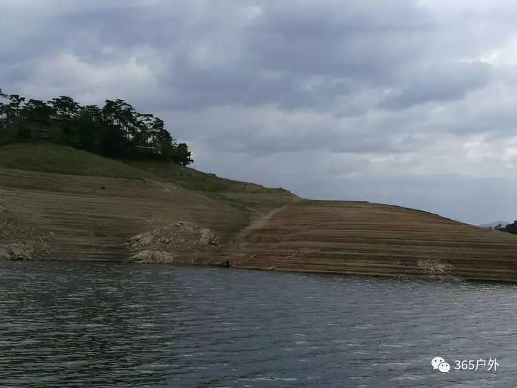 赶庙会与北方千岛湖