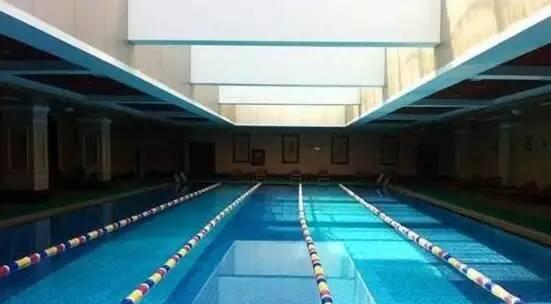 【德阳室内病房感染贴】夏天来了!到哪板澡不整理科泳池建筑设计要求图片