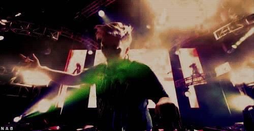 鄂州大型 国际音乐灯光节 疯狂DJ电音趴带你嗨出宇宙