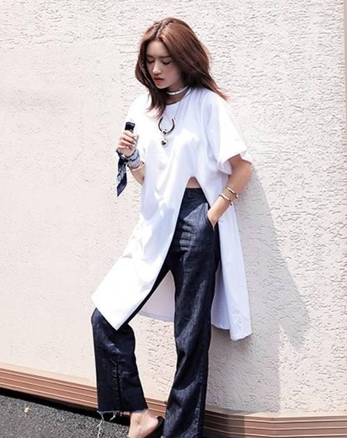 一件纯白T恤的15个造型方案!让你百搭,漂亮又有气质!