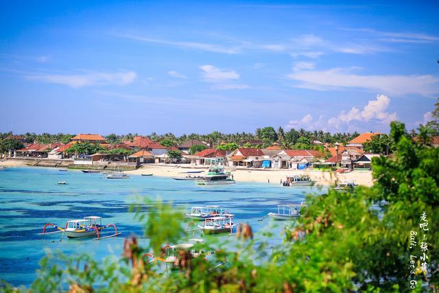 这是一家巴厘岛比较老牌的度假酒店了.
