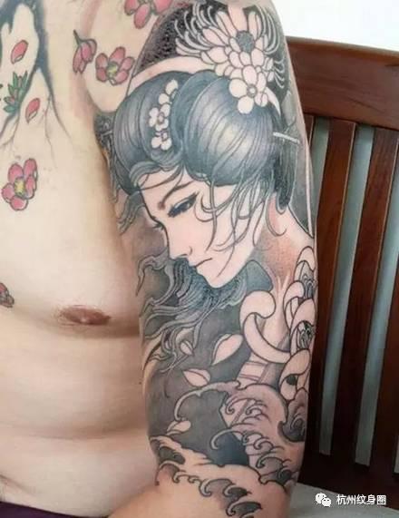 日本传统纹身 艺伎图片