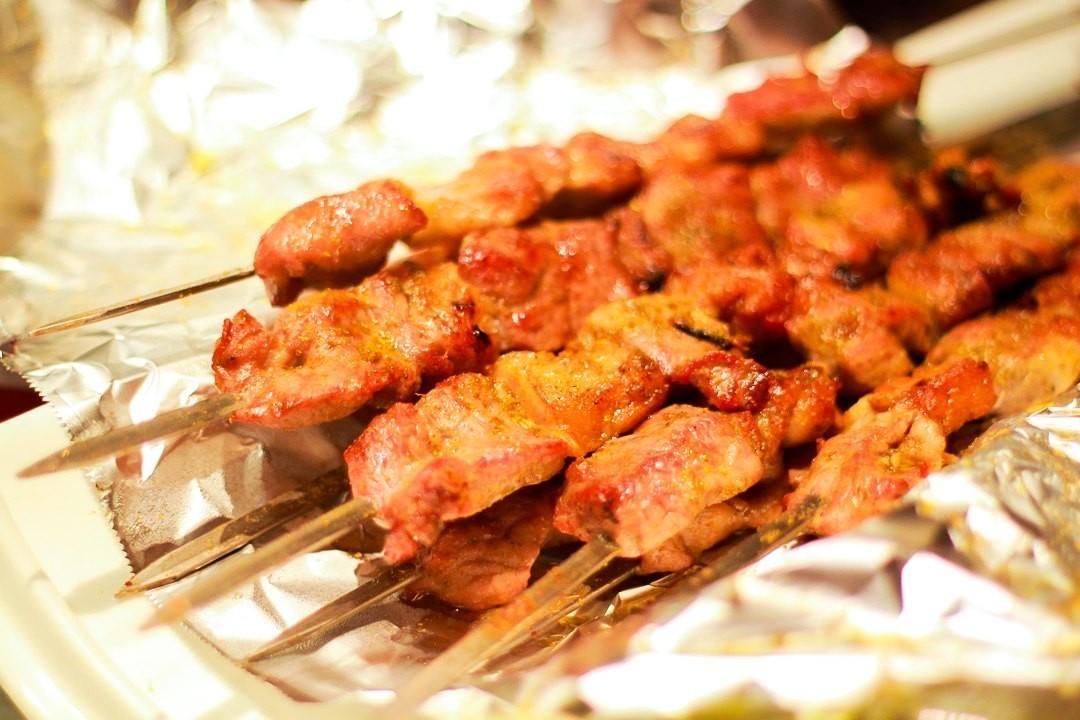商场鲜嫩,超级大盘鸡也是酥嫩入味,更有娜佛山勇这样的美食特色地域附近宜家的家居帕里肉质美食图片