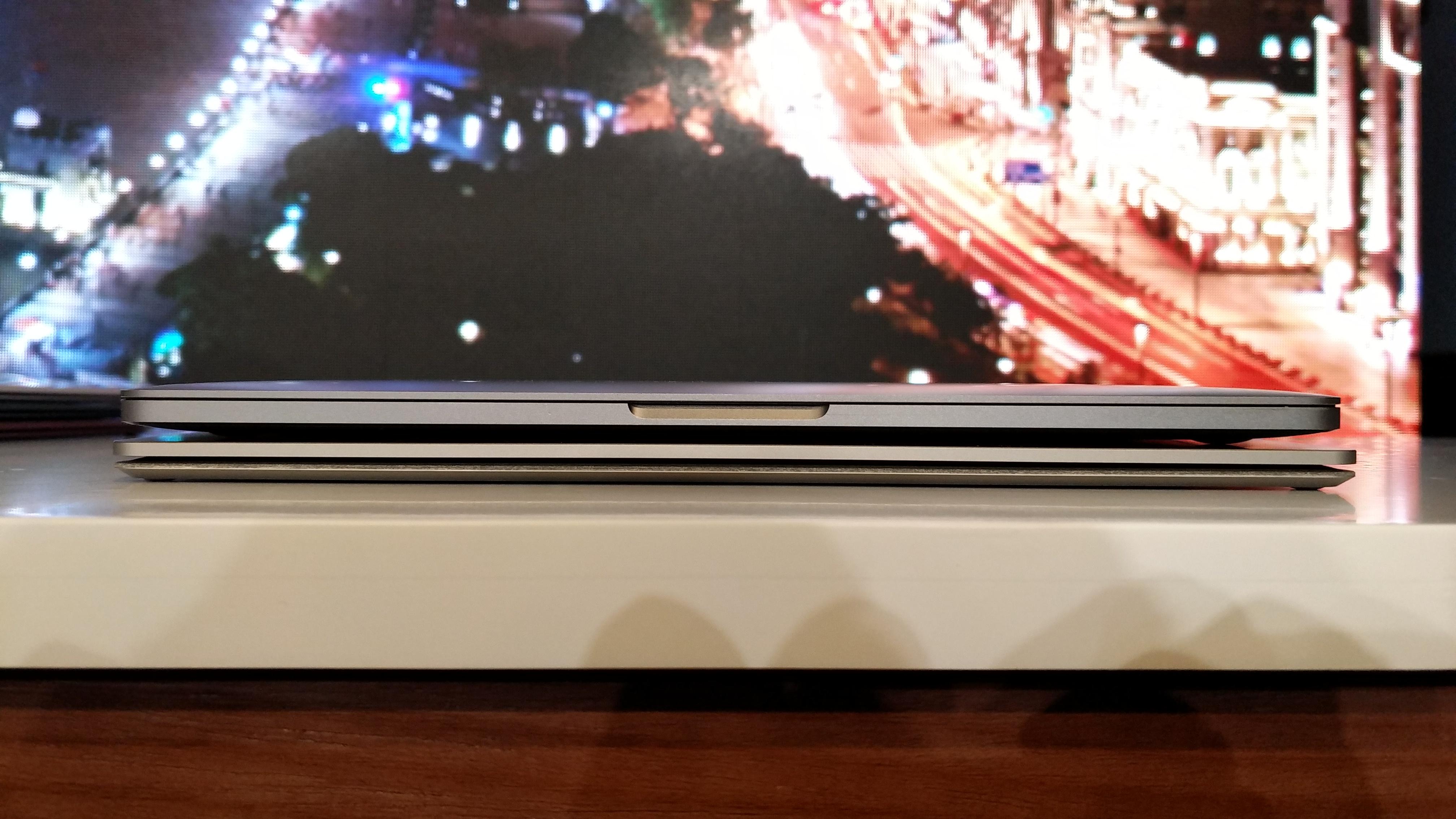 微软Laptop对比苹果新款MacBook,你会选择谁?的照片 - 12
