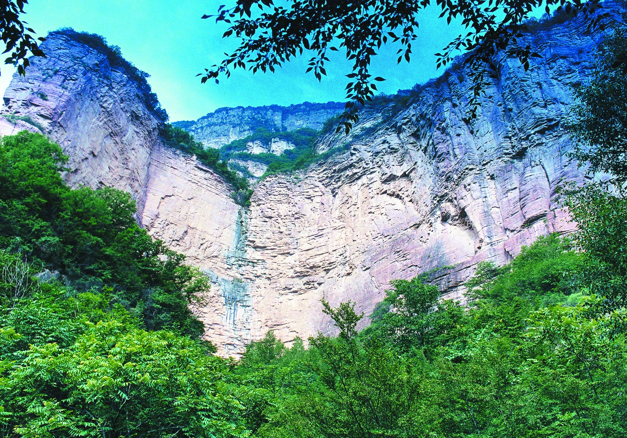 同为4a级景区,赞皇县的嶂石岩和棋盘山有啥不同