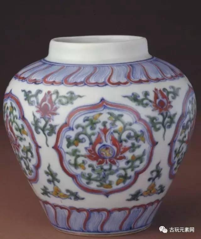 德镇御窑厂出土成化斗彩瓷器与传世成化斗彩瓷器是否一样