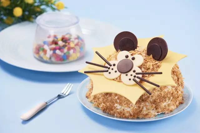 超可爱的儿童节蛋糕