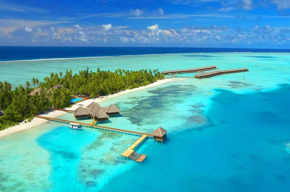 这些地方也越来越成为朋友圈定位的装逼地 泰国的pp岛,马来西亚的沙巴