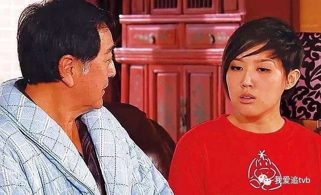 11年《点解阿 sir系阿 sir》, 林秀怡与乐瞳等年轻人女拍群戏.
