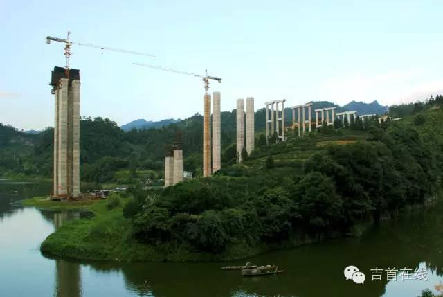 四川人口有多少_吉首市有多少人口