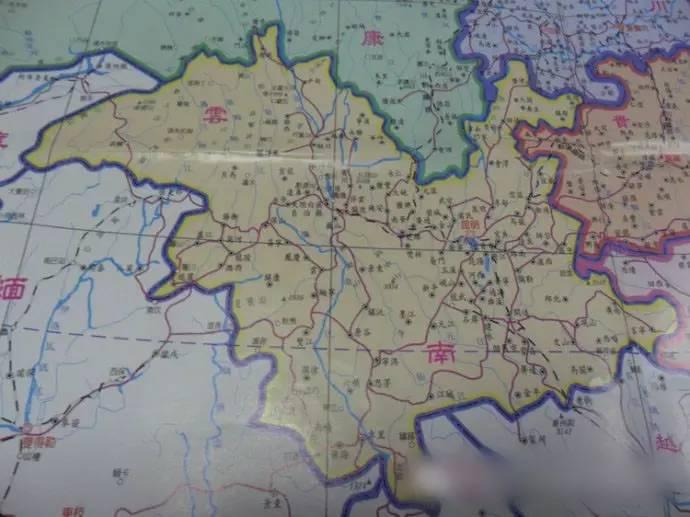 看了台湾出版的中国地图,心情好多了!