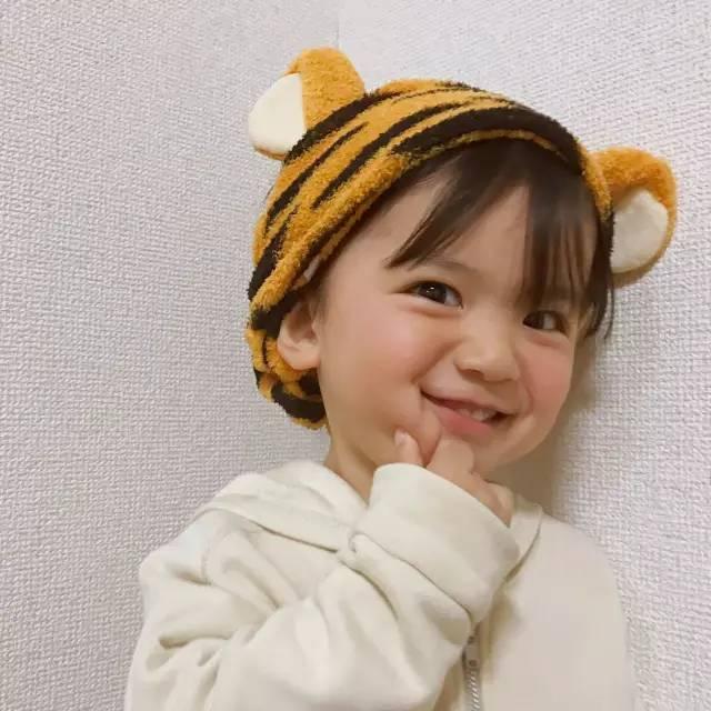 这个萌翻ins的日本小男孩可爱起来