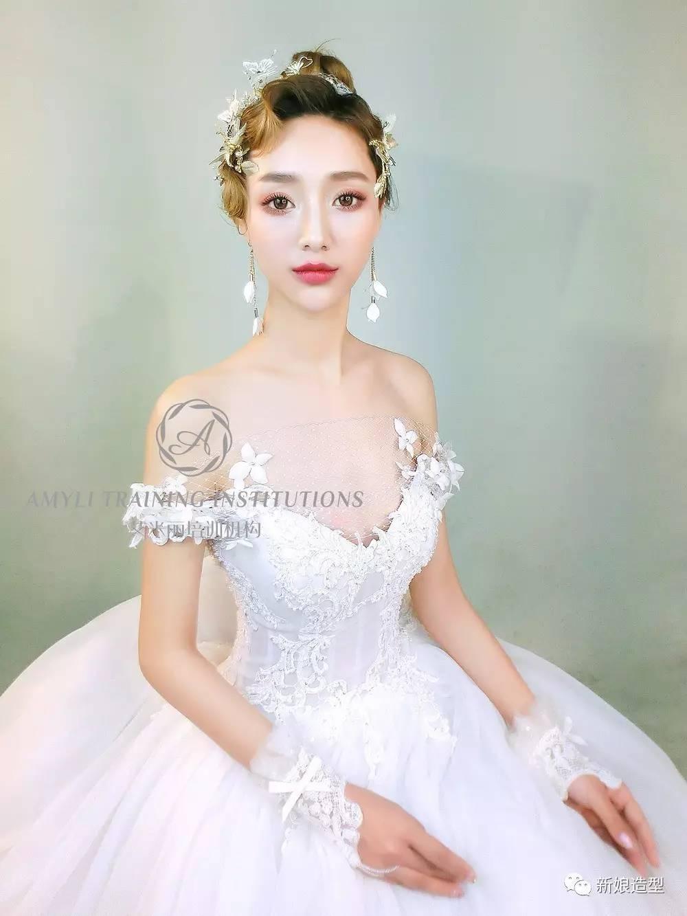 5月时尚新娘造型高清大片,美极了!图片