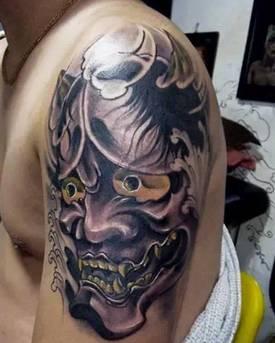 日式纹身中比较常见的素材 日本某些地区把般若看做是看门神和护身符