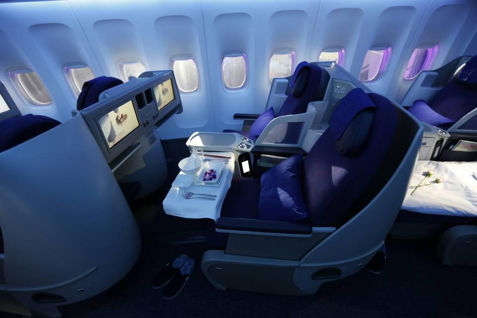 座椅七:国航波音747-8商务舱.