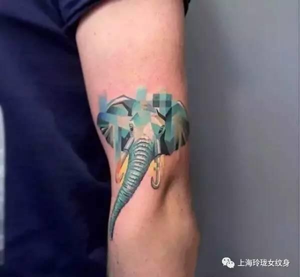 彩色小纹身