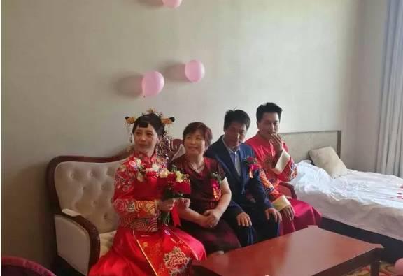 歌手云飞结婚,新郎新娘情歌对唱图片