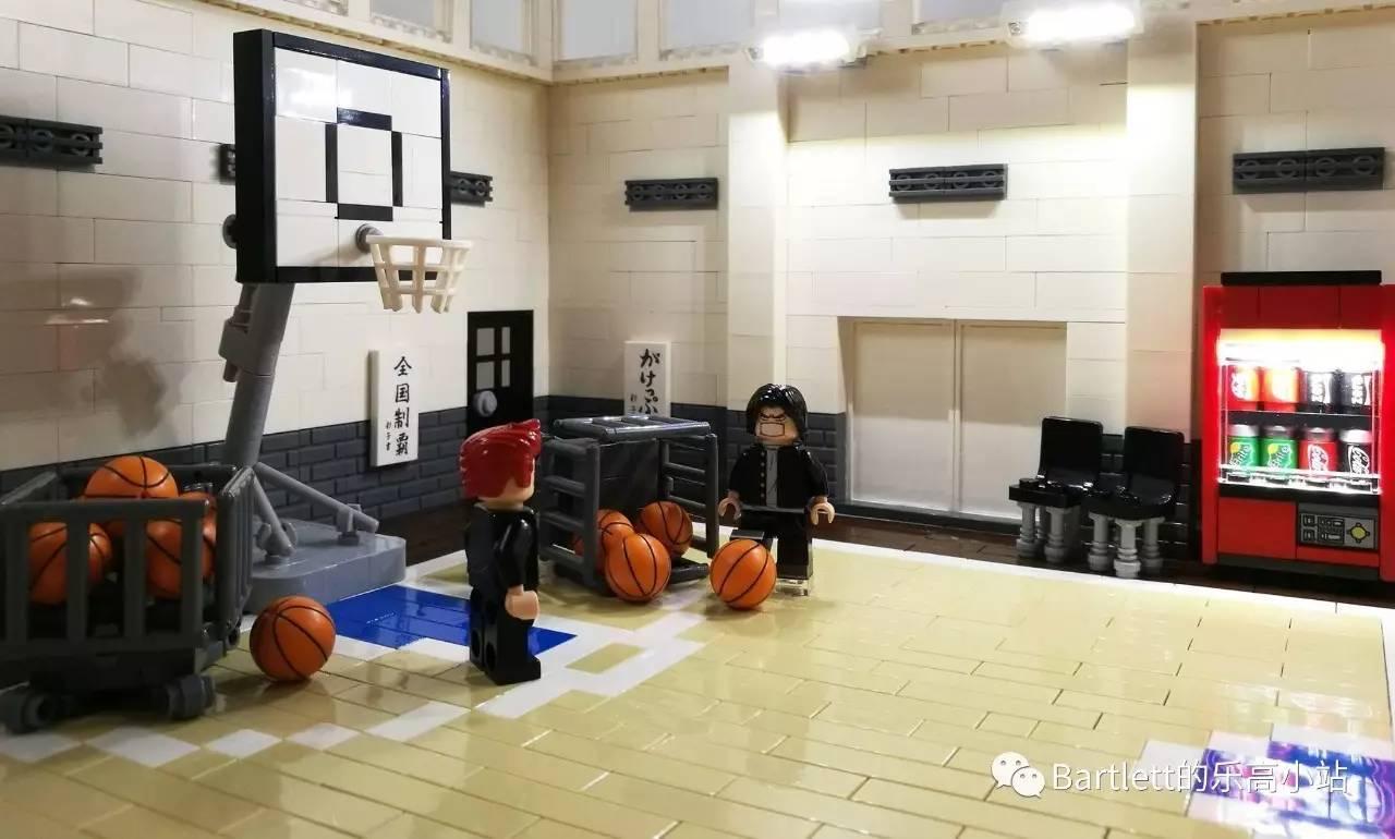 """乐高还原灌篮高手经典场景:""""教练,我想打球"""""""
