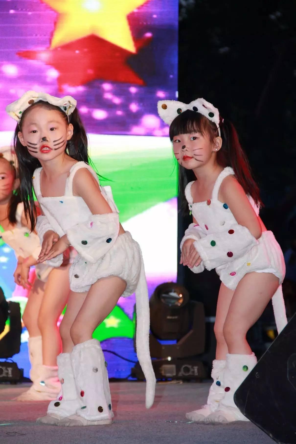 可爱娃娃舞蹈妆容