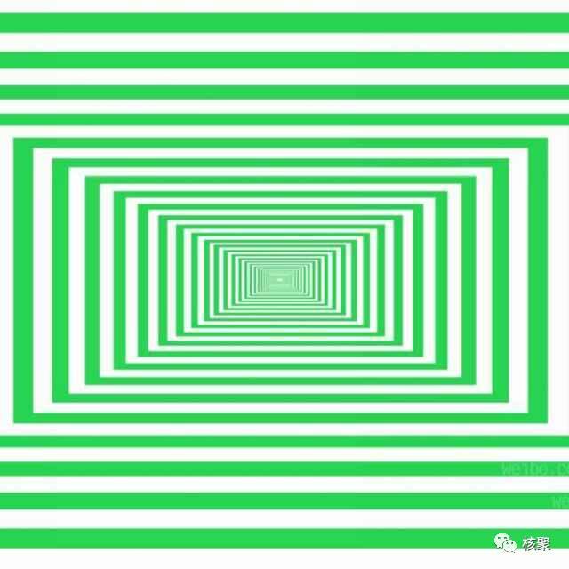 微信号的昵称是一个笑脸,头像是一个迷宫.图片