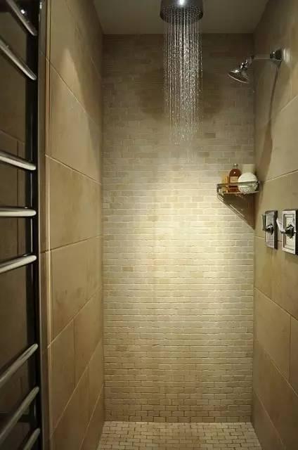 卫生间小就不能干湿分区?这些设计解决了所有问题!