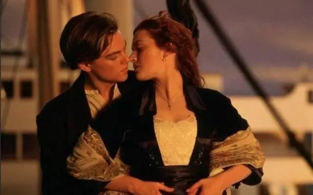 """称永不沉没的""""梦之船""""已经永远沉没了,但人类那些美好、善良、"""