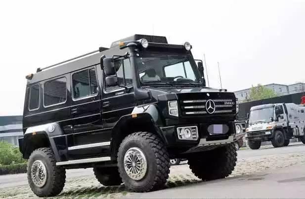 土豪太任性花500万买下乌尼莫克,结果一进城区就被交警拦下