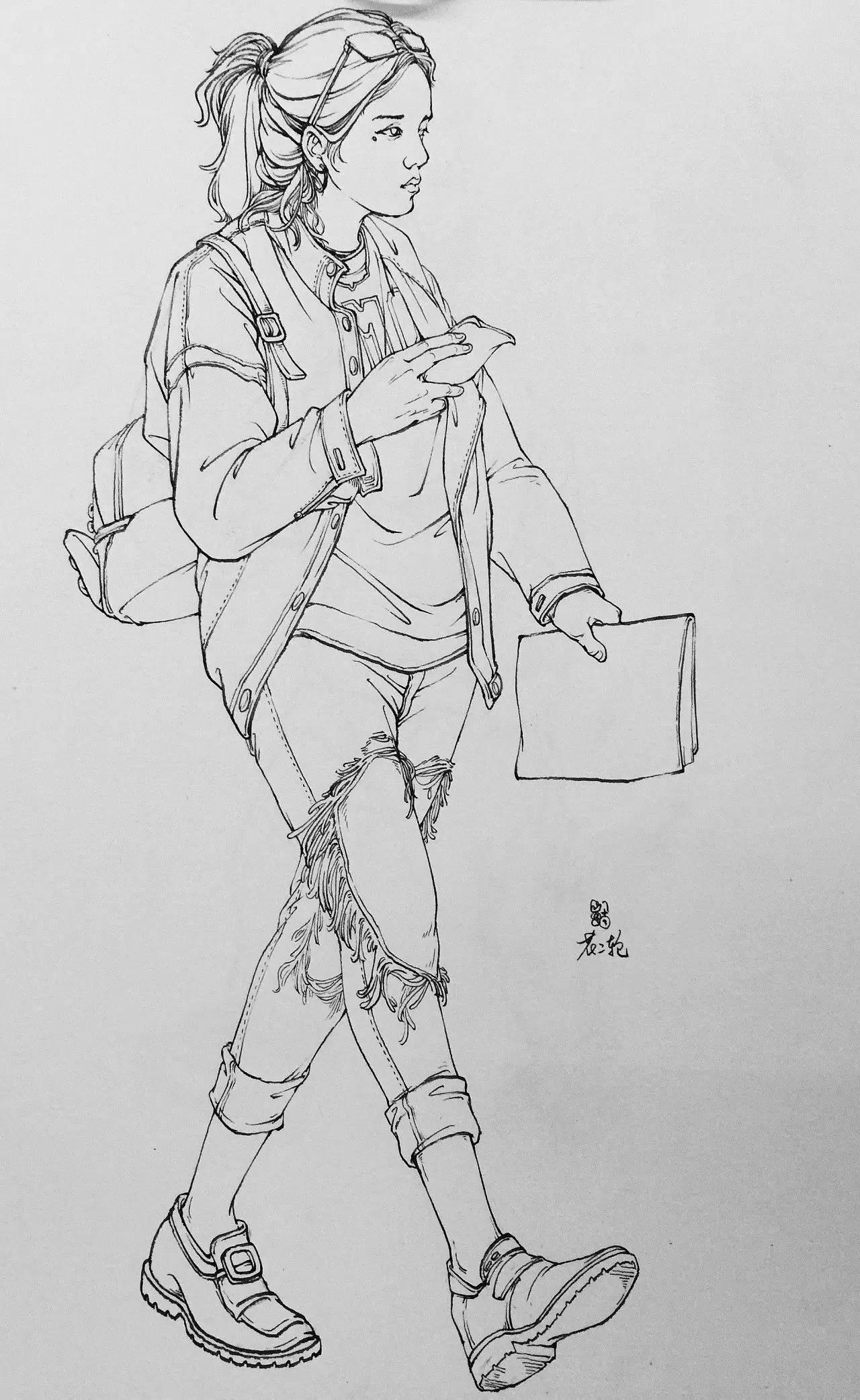 钢笔速写  @花二轮同学 来自重庆的插画师 他的速写线条干净利落,速写