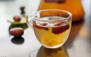 一女子每天吃干红枣,坚持了一个月,结果……惊呆了!