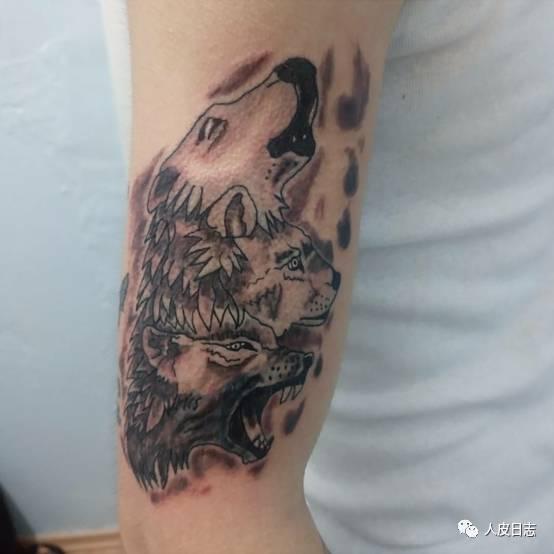 谁还不是从毁皮做起的呢,难道歪果仁生下来就手握纹身机?