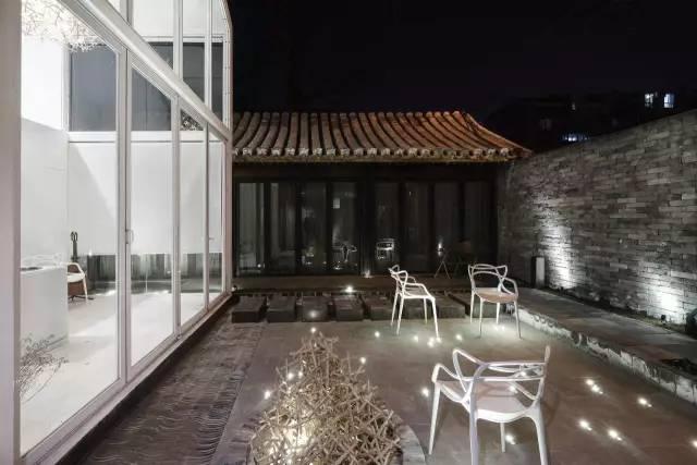 8,9个月以前,    要知道, 像这样结构保存完整的老四合院, 在北京已经